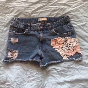 4 pairs of girls size 12 Zara denim shorts.